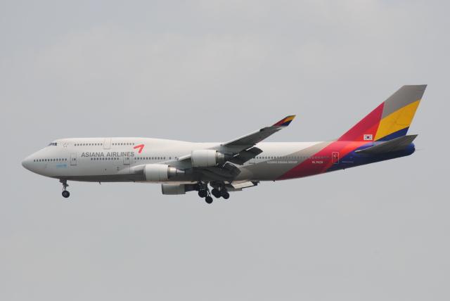 LEGACY-747さんが、成田国際空港で撮影したアシアナ航空 747-48Eの航空フォト(飛行機 写真・画像)