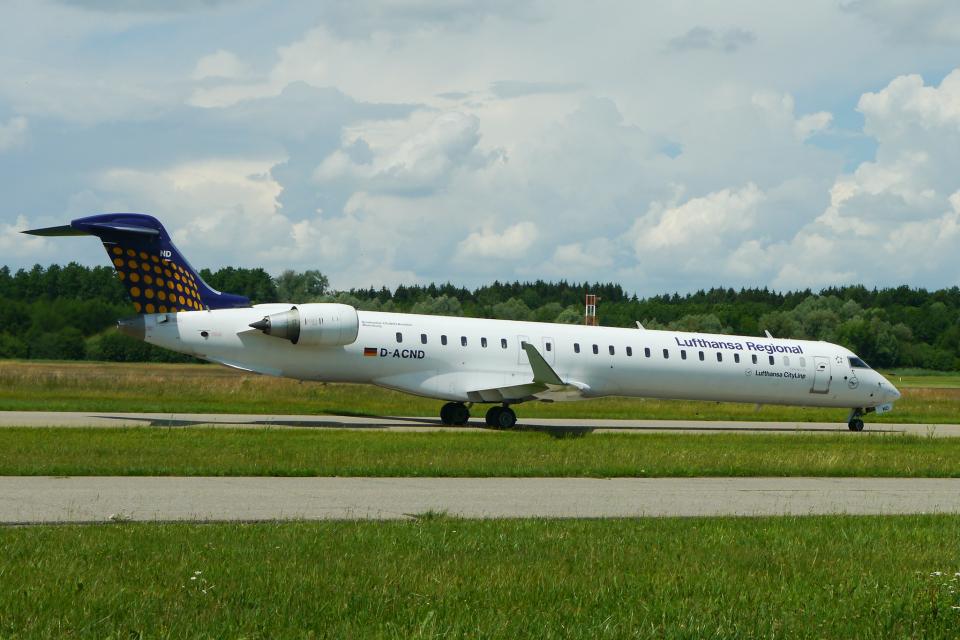 singapore346さんのルフトハンザ・シティライン Bombardier CRJ-900 (D-ACND) 航空フォト