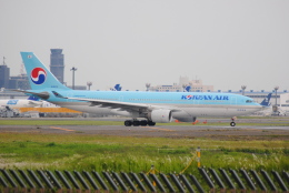 LEGACY-747さんが、成田国際空港で撮影した大韓航空 A330-223の航空フォト(飛行機 写真・画像)