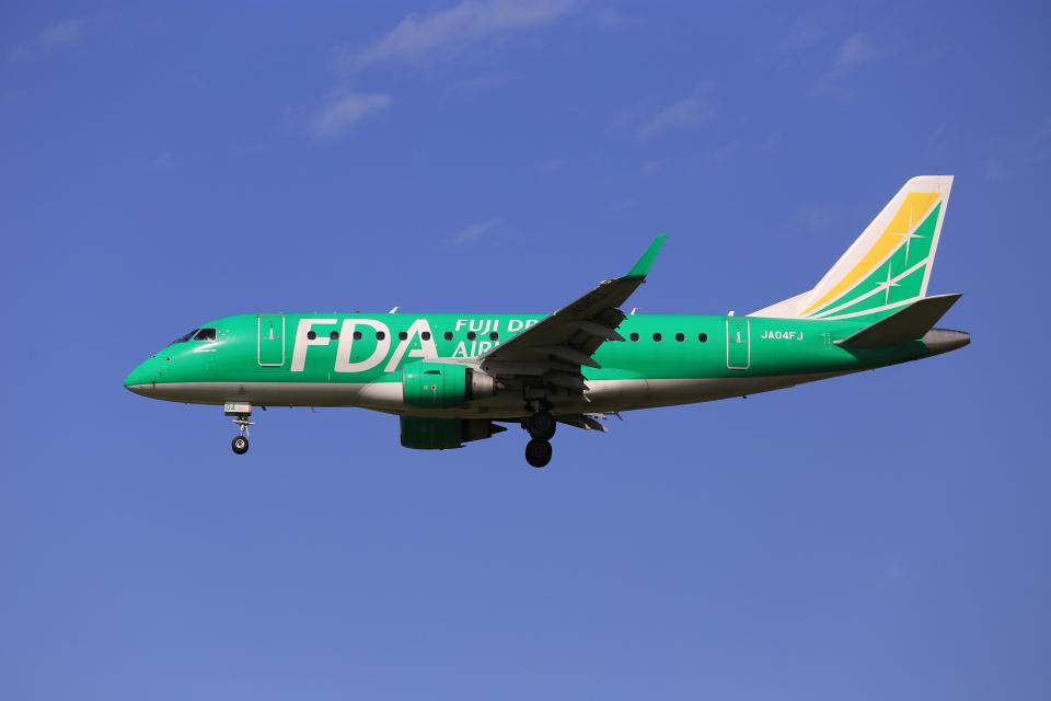 aki241012さんのフジドリームエアラインズ Embraer 170 (JA04FJ) 航空フォト