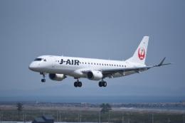 kumagorouさんが、仙台空港で撮影したジェイエア ERJ-190-100(ERJ-190STD)の航空フォト(飛行機 写真・画像)