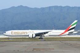 航空フォト:A6-ECJ エミレーツ航空 777-300