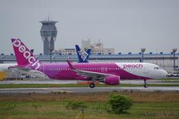 JA8037さんが、成田国際空港で撮影したピーチ A320-214の航空フォト(飛行機 写真・画像)