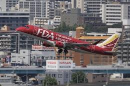 aki241012さんが、福岡空港で撮影したフジドリームエアラインズ ERJ-170-200 (ERJ-175STD)の航空フォト(飛行機 写真・画像)