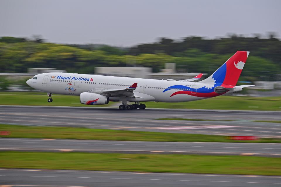 Souma2005さんのネパール航空 Airbus A330-200 (9N-ALY) 航空フォト