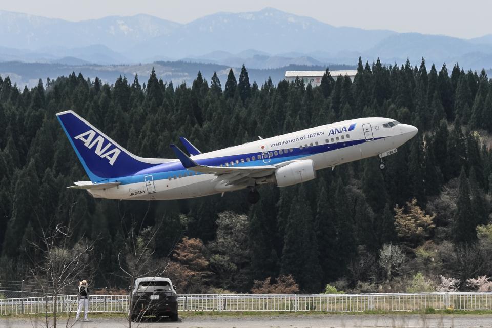 西風さんの全日空 Boeing 737-700 (JA06AN) 航空フォト