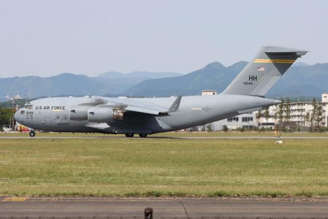 マリオ先輩(N)さんが、横田基地で撮影したアメリカ空軍 C-17A Globemaster IIIの航空フォト(飛行機 写真・画像)