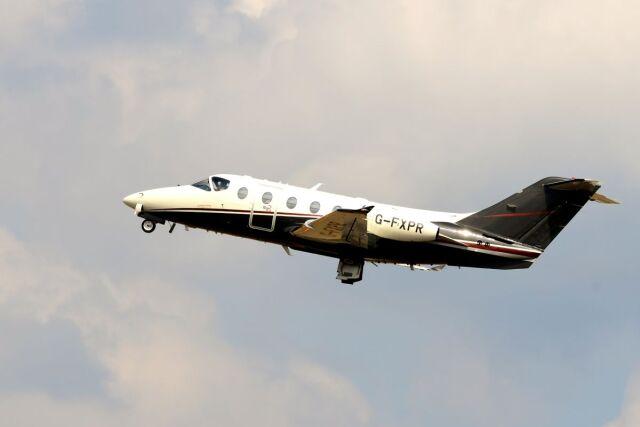 まいけるさんが、ファンボロー空港で撮影したフレックスジェット Beechcraftの航空フォト(飛行機 写真・画像)