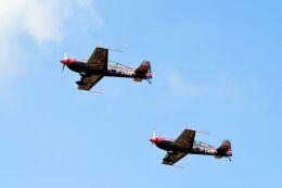 まいけるさんが、ファンボロー空港で撮影したイギリス企業所有 EA-300の航空フォト(飛行機 写真・画像)