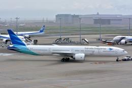 サンドバンクさんが、羽田空港で撮影したガルーダ・インドネシア航空 777-3U3/ERの航空フォト(飛行機 写真・画像)