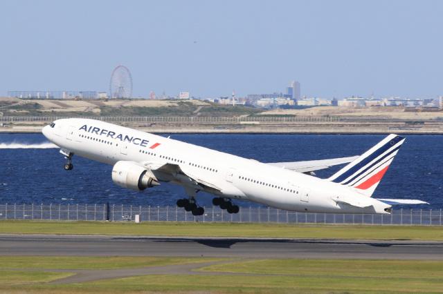 inyoさんが、羽田空港で撮影したエールフランス航空 777-228/ERの航空フォト(飛行機 写真・画像)