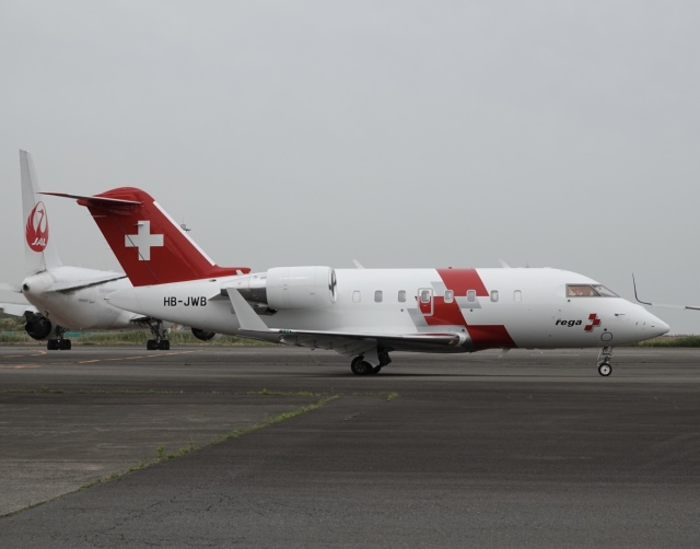 taka1129さんが、羽田空港で撮影したSwiss Air Ambulanceの航空フォト(飛行機 写真・画像)