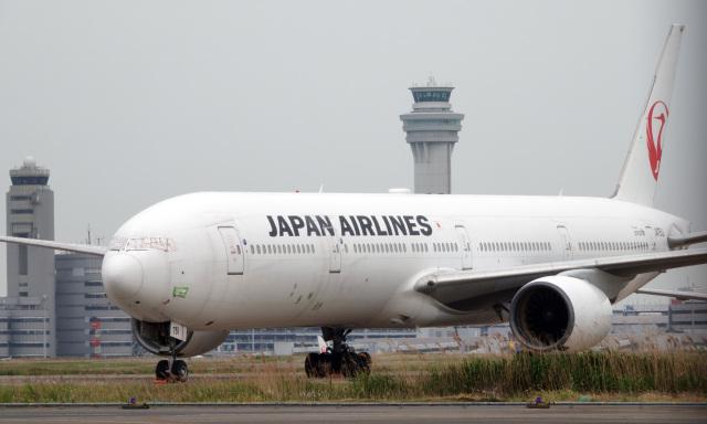 taka1129さんが、羽田空港で撮影した日本航空 777-346の航空フォト(飛行機 写真・画像)