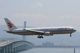 NIKEさんが、関西国際空港で撮影した中国国際航空 767-3J6の航空フォト(飛行機 写真・画像)