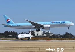 tassさんが、成田国際空港で撮影した大韓航空 777-3B5/ERの航空フォト(飛行機 写真・画像)