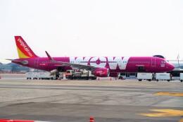 Hiro Satoさんが、スワンナプーム国際空港で撮影したタイ・ベトジェットエア A321-211の航空フォト(飛行機 写真・画像)