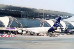 Hiro Satoさんが、スワンナプーム国際空港で撮影したルフトハンザドイツ航空 A340-313Xの航空フォト(飛行機 写真・画像)