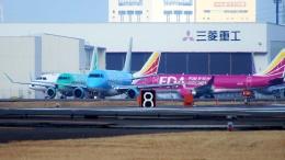 ハミングバードさんが、名古屋飛行場で撮影したフジドリームエアラインズ ERJ-170-100 (ERJ-170STD)の航空フォト(飛行機 写真・画像)