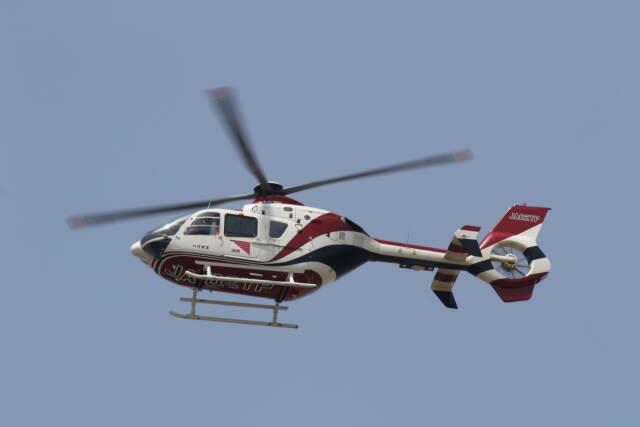 プルシアンブルーさんが、仙台空港で撮影した読売新聞 EC135P2の航空フォト(飛行機 写真・画像)