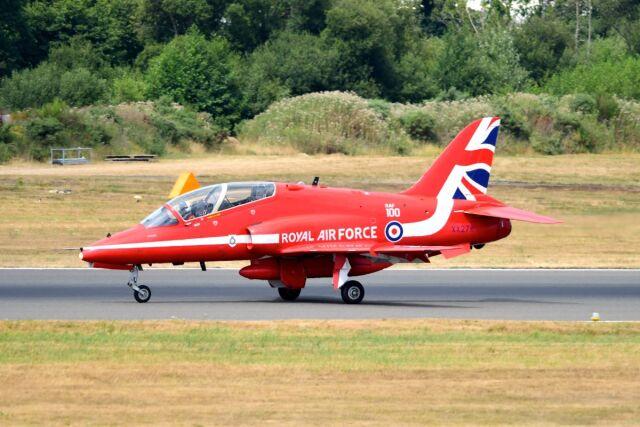 まいけるさんが、ファンボロー空港で撮影したイギリス空軍 BAe Hawk T1Aの航空フォト(飛行機 写真・画像)
