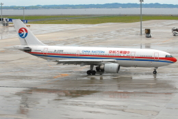 jun☆さんが、中部国際空港で撮影した中国東方航空 A300B4-605Rの航空フォト(飛行機 写真・画像)