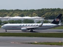 FT51ANさんが、成田国際空港で撮影したカーゴジェット・エアウェイズ 767-323/ERの航空フォト(飛行機 写真・画像)