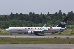 宮崎 育男さんが、成田国際空港で撮影したカーゴジェット・エアウェイズ 767-323/ERの航空フォト(飛行機 写真・画像)