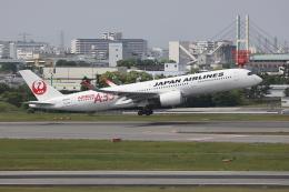 sumihan_2010さんが、伊丹空港で撮影した日本航空 A350-941の航空フォト(飛行機 写真・画像)