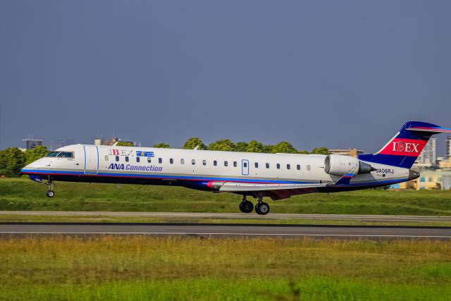 航空フォト:JA06RJ アイベックスエアラインズ CRJ-700