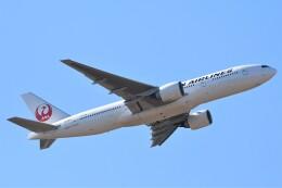 鉄バスさんが、成田国際空港で撮影した日本航空 777-246/ERの航空フォト(飛行機 写真・画像)