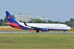 サンドバンクさんが、成田国際空港で撮影した広東龍浩航空 737-8AS(BCF)の航空フォト(飛行機 写真・画像)