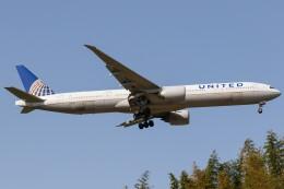 walker2000さんが、成田国際空港で撮影したユナイテッド航空 777-322/ERの航空フォト(飛行機 写真・画像)