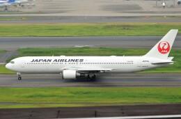 鉄バスさんが、羽田空港で撮影した日本航空 767-346/ERの航空フォト(飛行機 写真・画像)