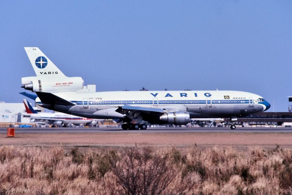 パール大山さんのヴァリグ McDonnell Douglas DC-10 (PP-VMW) 航空フォト