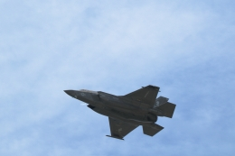 GNPさんが、嘉手納飛行場で撮影したアメリカ海兵隊 F-35B Lightning IIの航空フォト(飛行機 写真・画像)