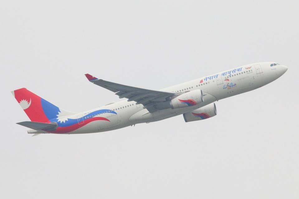 S.Hayashiさんのネパール航空 Airbus A330-200 (9N-ALY) 航空フォト