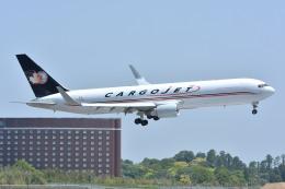 サンドバンクさんが、成田国際空港で撮影したカーゴジェット・エアウェイズ 767-323/ERの航空フォト(飛行機 写真・画像)