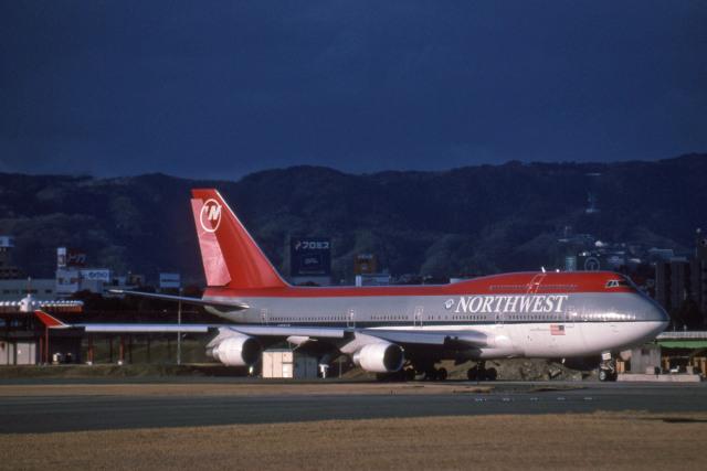 Gambardierさんが、伊丹空港で撮影したノースウエスト航空 747-451の航空フォト(飛行機 写真・画像)