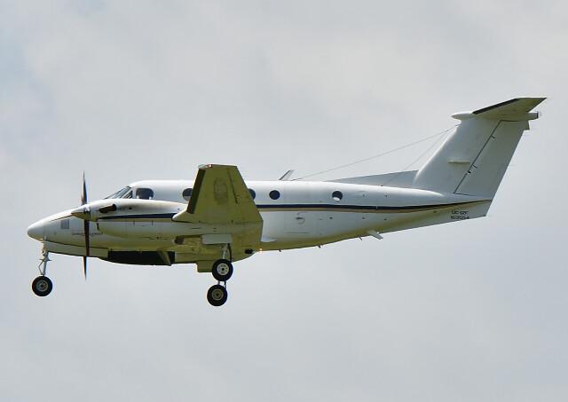 じーく。さんが、厚木飛行場で撮影したアメリカ海軍 UC-12F Super King Air (B200C)の航空フォト(飛行機 写真・画像)