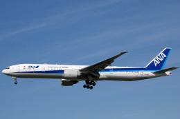アルビレオさんが、成田国際空港で撮影した全日空 777-381/ERの航空フォト(飛行機 写真・画像)