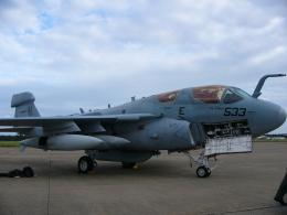 れぐぽよさんが、小松空港で撮影したアメリカ海兵隊 EA-6B Prowler (G-128)の航空フォト(飛行機 写真・画像)