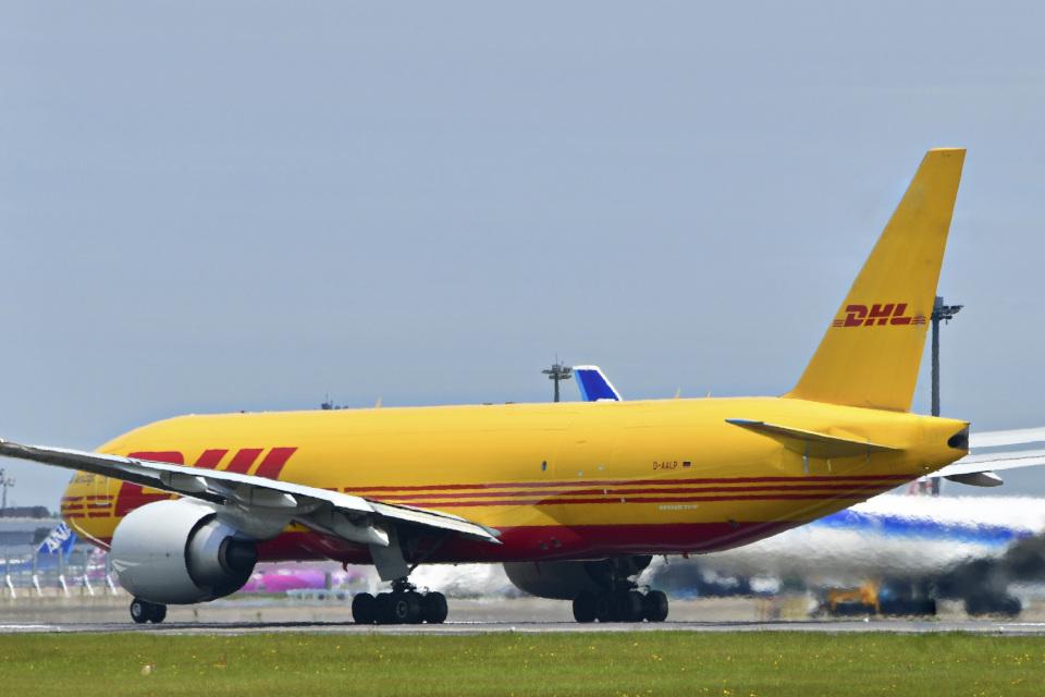 パンダさんのアエロ・ロジック Boeing 777-200 (D-AALP) 航空フォト
