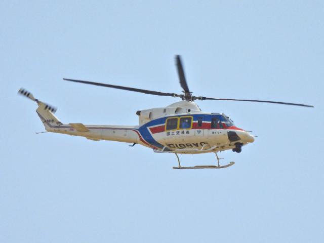 Tak Ouchiさんが、富山空港で撮影した国土交通省 地方整備局 412EPの航空フォト(飛行機 写真・画像)