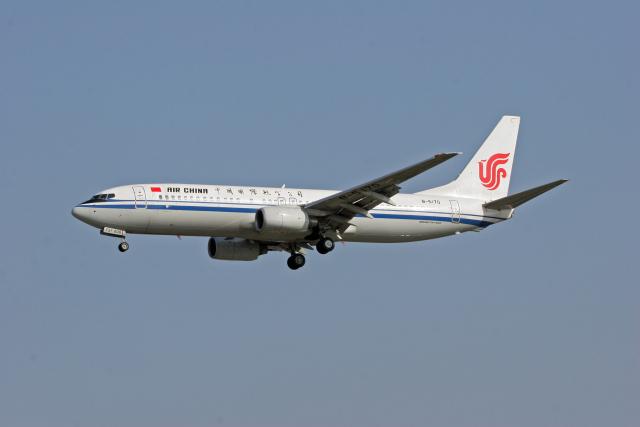 tsubameさんが、福岡空港で撮影した中国国際航空 737-808の航空フォト(飛行機 写真・画像)