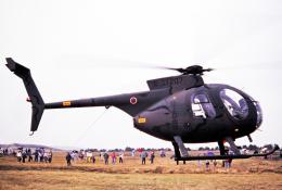 チャーリーマイクさんが、阿蘇観光牧場飛行場で撮影した陸上自衛隊 OH-6Dの航空フォト(飛行機 写真・画像)