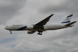 はれいろさんが、ロンドン・ヒースロー空港で撮影したエル・アル航空 777-258/ERの航空フォト(飛行機 写真・画像)