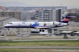 aki241012さんが、福岡空港で撮影したアイベックスエアラインズ CL-600-2C10 Regional Jet CRJ-702ERの航空フォト(飛行機 写真・画像)