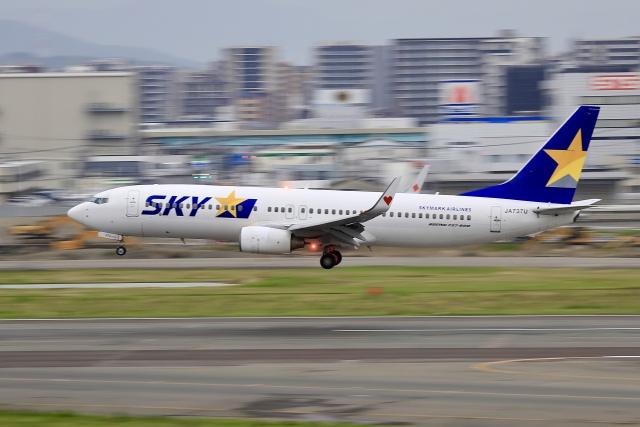 aki241012さんが、福岡空港で撮影したスカイマーク 737-8FZの航空フォト(飛行機 写真・画像)
