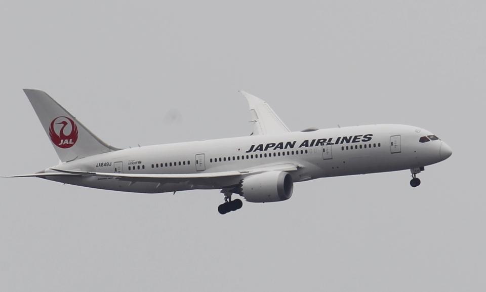 新城 JAL alpha rainbowさんの日本航空 Boeing 787-8 Dreamliner (JA849J) 航空フォト