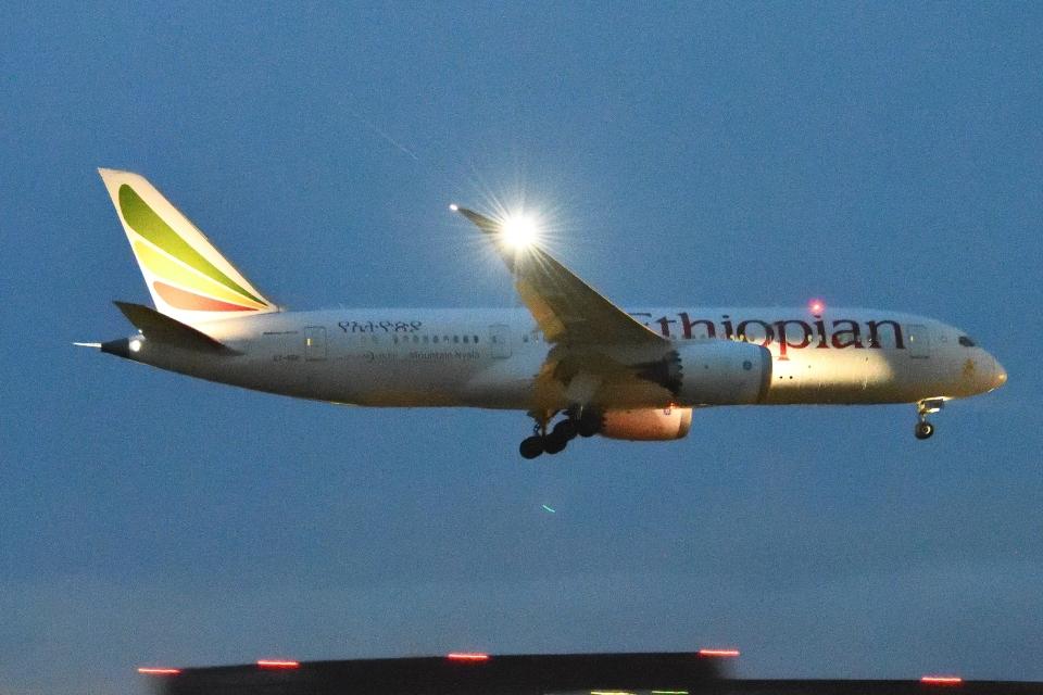 木人さんのエチオピア航空 Boeing 787-8 Dreamliner (ET-ASH) 航空フォト